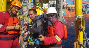 Offshore platform installation works are a first for SeaTec